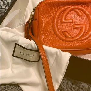 Gucci shoulder/crossbody bag with tassel on zipper